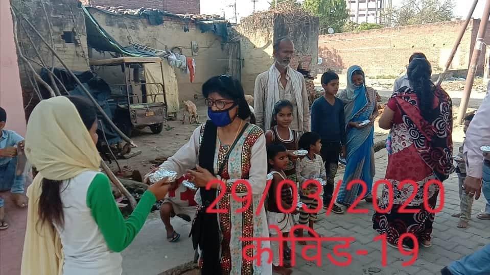 /media/aadarsh/309-Covid-Food_Distribution.jpeg