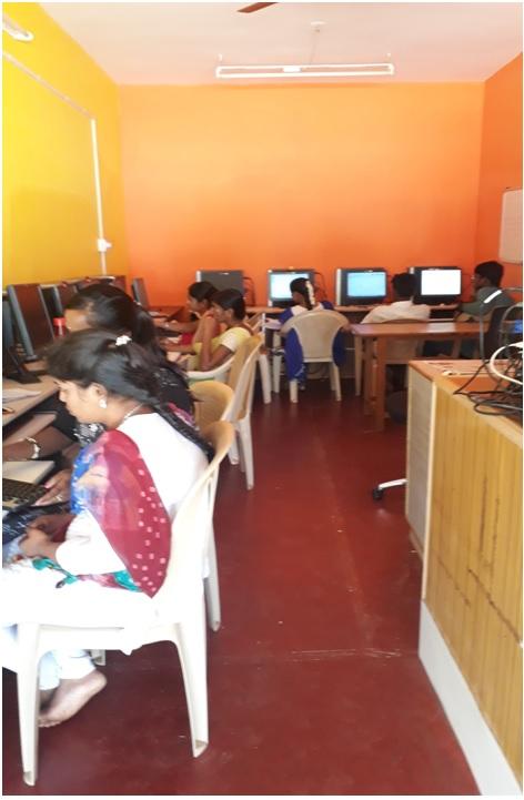 /media/advaita/Computer_Literacy_Program.jpg