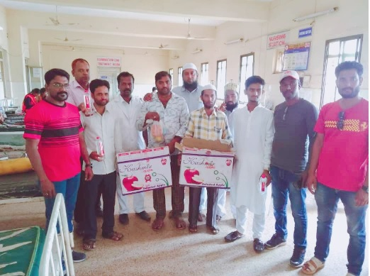 /media/amkek/Al-_Marwa_Ngo-_Fruit_distribution_programme-1.jpg