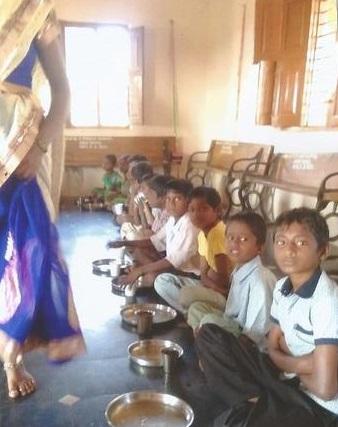 /media/ashrayadhama/1NGO-00060-AshrayaDhama-Activities-_Img_4.jpg