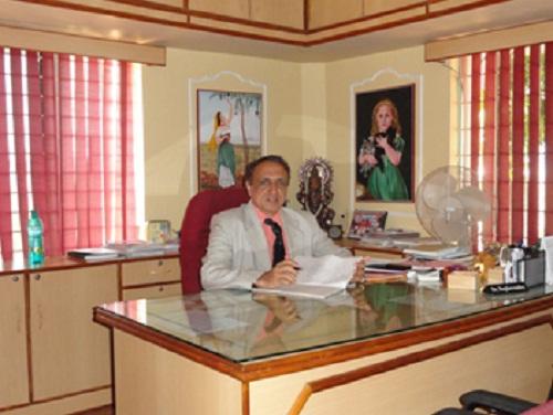 /media/ashwini/1NGO-000018-Ashwini_Medical_Hospital-Board_members-Dr._K.G._Raghavendra.jpg