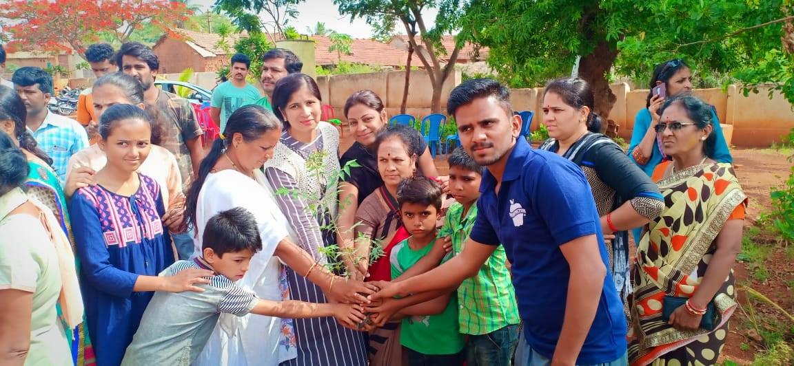 /media/bhoomi/1NGO-00360-Bhoomi_Pratishthana-Activities-Tree_Plantation_Work.jpg