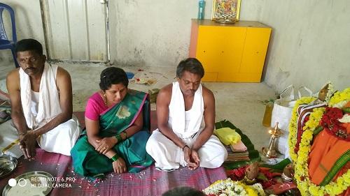 /media/chandra/1NGO-Chandramouleshwara-Ashram_Worship..jpg