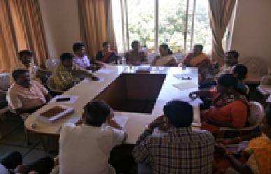 /media/fevourdk/1NGO-00065-FEVOURD-K-Activities-Gadag_meeting.jpg