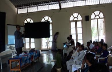 /media/fevourdk/1NGO-00065-FEVOURD-K-Activities-Workshop.jpg