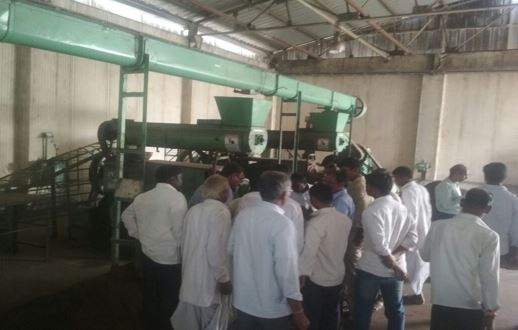 /media/manasa/1NGO-00299-Manasa_Nagar_and_Grameen_Abhivruddi_Samsthe-Tour_Study-11.jpg