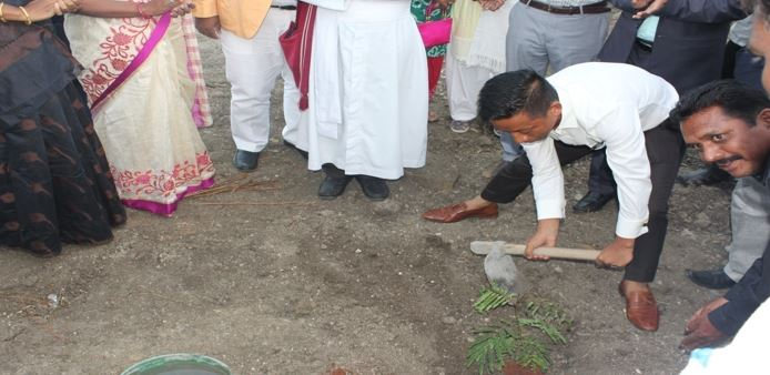 /media/mdct/1NGO-00258-Margadarshi_Charitable_Trust-Activities-Tree_Plantation_Program.jpg