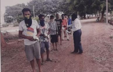 /media/pavitra/1NGO-00278-Pavitra_Rural_Development_Society-Activities-Food_Distribution.jpg