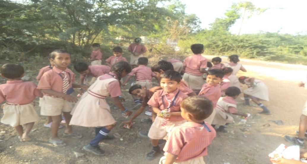 /media/sangameshwara/1NGO-00346-Sri_Sangameshwara_Education_and_Rural_Social_Welfare_Trust-Main_Page-Children_playing_games.jpg
