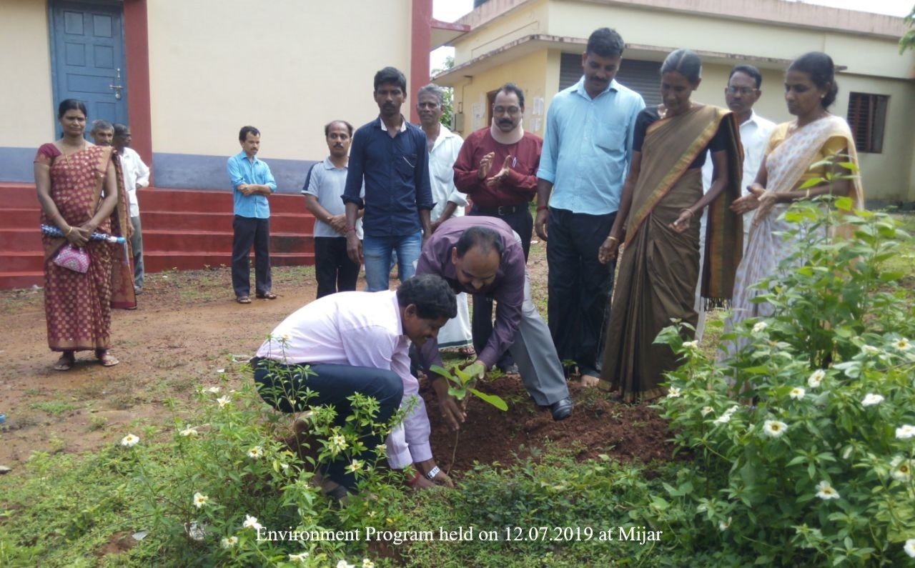 /media/shriraksha/1NGO-00350-Shri_Raksha_Federation_For_Rural_Development-Activities-Environment_Program1.jpg