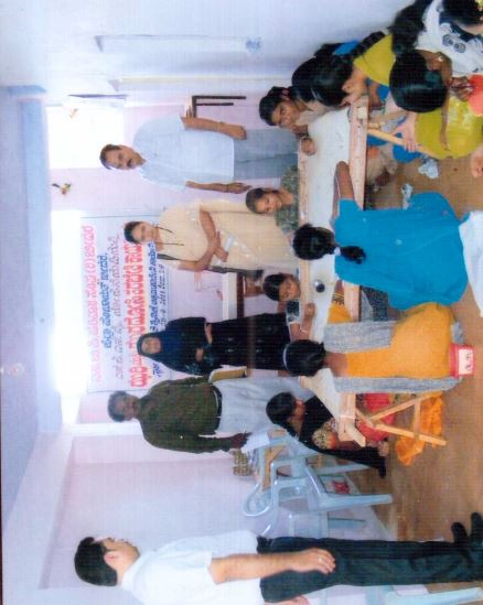 /media/spps/1NGO-00354-Swarnabhumi_Pidit_Parivar_Sangh-Activities-Zari_and_Zardosi_Training_Program.JPG