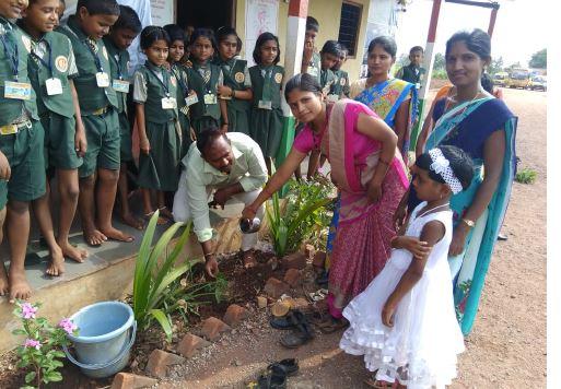/media/ssrdsociety/1NGO-00402-Shri_Siddeshwar_Rural_Development_Society-Activities-World_Environment_Day.JPG