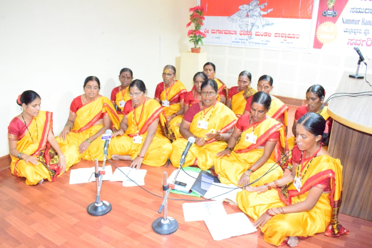 /media/womenswelfaresociety/IND-00003-WWSBELAGAVI-Activities-Radio_Program_On__Drinkingwater_and_Sanitaization.jpg.jpeg